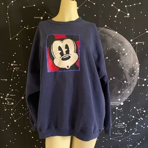 Mickey Mouse vintage cute sweater!!